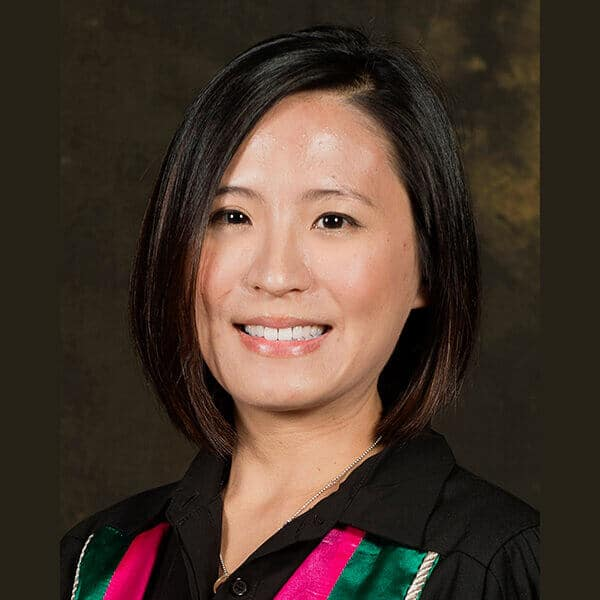 Dr. Jeni Lai-in Ho, a speaker for Dental Continuing Education at HKIDEAS