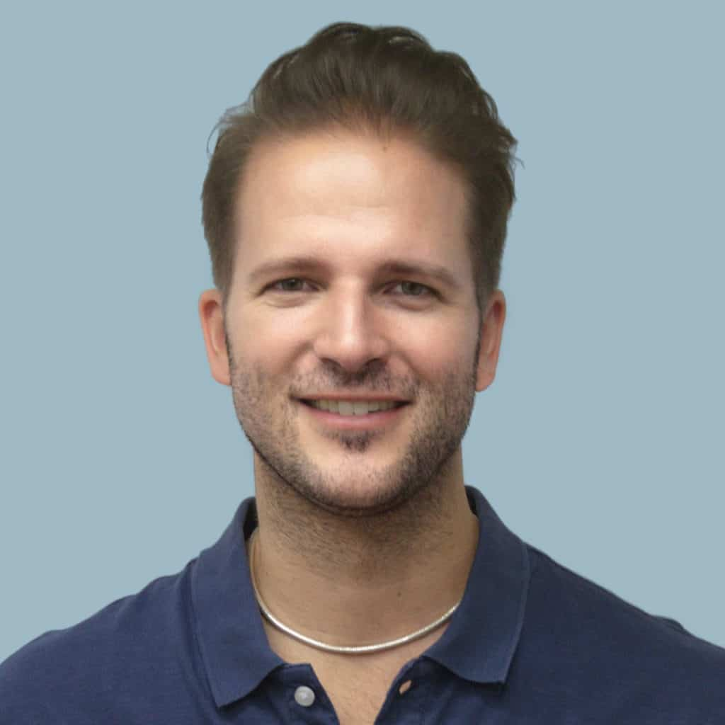 Dr. Simon Graf, a speaker for Dental Continuing Education at HKIDEAS