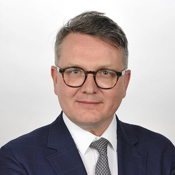 Prof. Martin Schimmel, a speaker for Dental Continuing Education at HKIDEAS